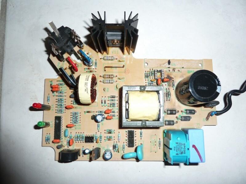 Bricolage Reparer un chargeur de batterie ou le circuit imprime a des composants H S