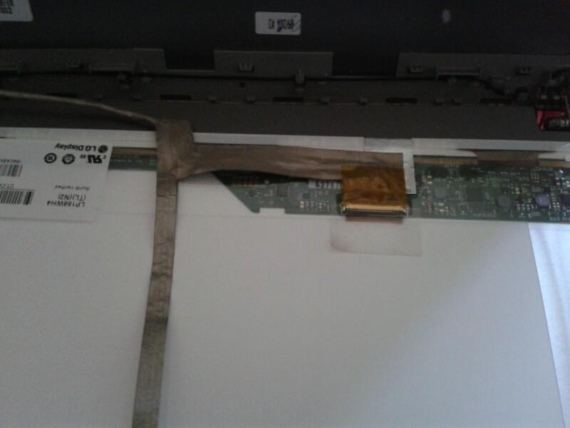 ecran d 39 ordinateur changement de dalle d 39 cran cass hp probook 4540s. Black Bedroom Furniture Sets. Home Design Ideas