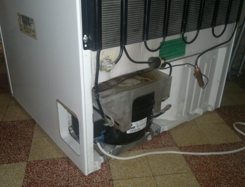 r frig rateur le freezer de mon r frig rateur faure r134a marche fond 25c mais la partie. Black Bedroom Furniture Sets. Home Design Ideas