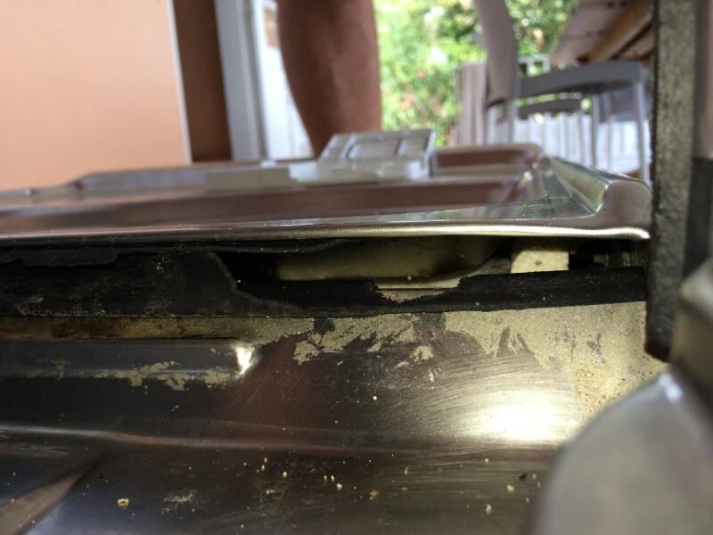 lave vaisselle dois je changer joint bas de porte lave vaisselle ariston hotpoint. Black Bedroom Furniture Sets. Home Design Ideas
