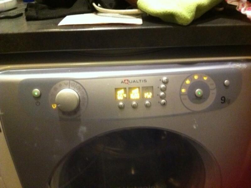 lave linge r parer machine a laver ariston hotpoint. Black Bedroom Furniture Sets. Home Design Ideas