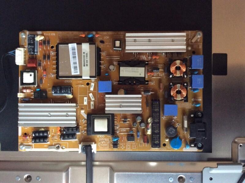Tu00e9lu00e9vision - Ru00e9parer TV LED Samsung UE40D5000 Ne Su0026#39;allume Plus. - CommentReparer.com - Apprenez ...