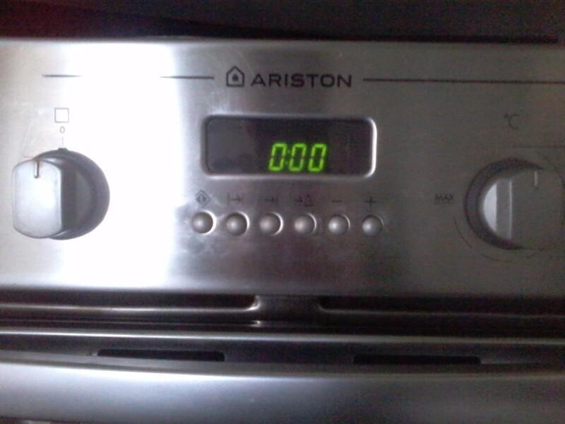 Four - Four électrique Ariston en panne - [Réparé ...
