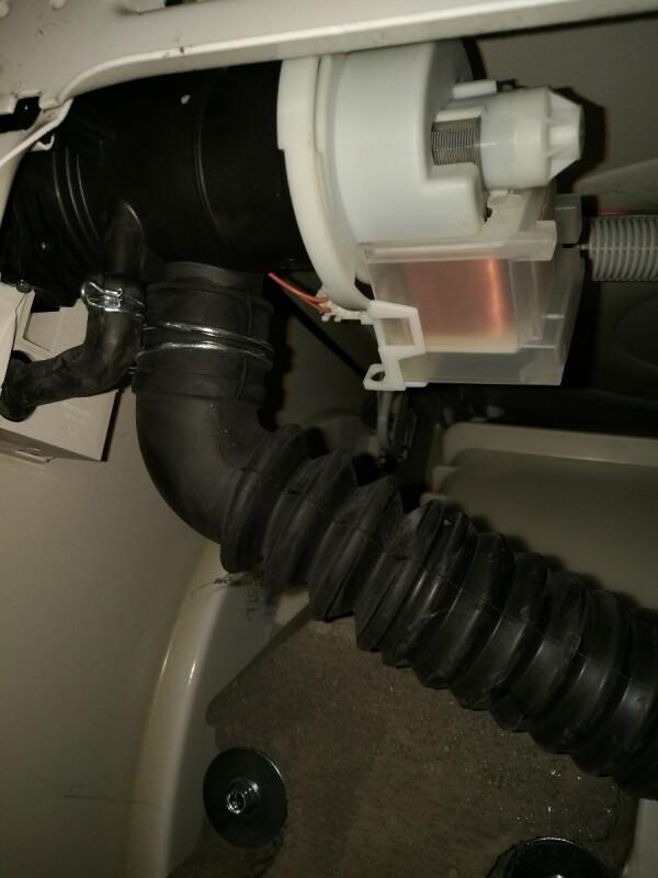 Lave linge probl me d 39 essorage et vidange apprenez tout r parer - Probleme vidange lave linge ...