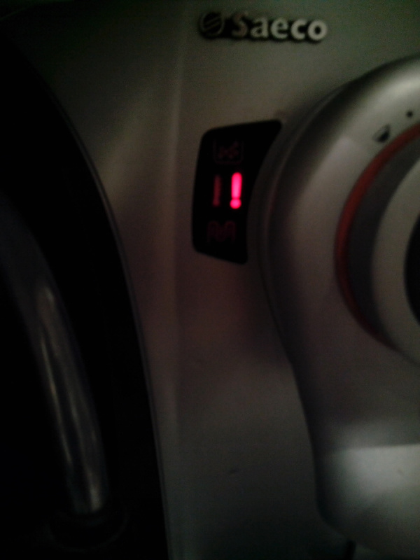 machine caf saeco odea go point d 39 exclamation rouge clignotant. Black Bedroom Furniture Sets. Home Design Ideas