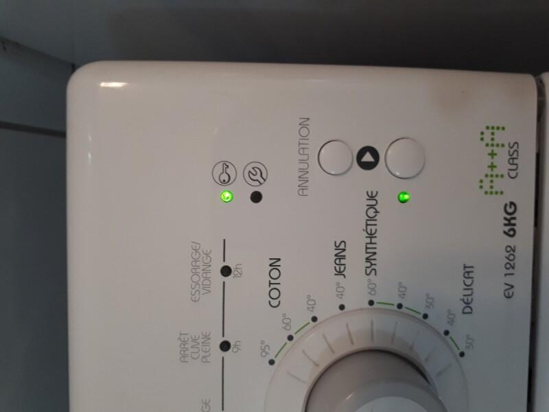 probl me voyants machine laver laden ev 1262. Black Bedroom Furniture Sets. Home Design Ideas