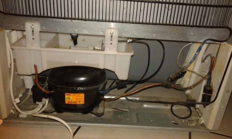 frigo boulanger congele mais ne refroidit plus. Black Bedroom Furniture Sets. Home Design Ideas