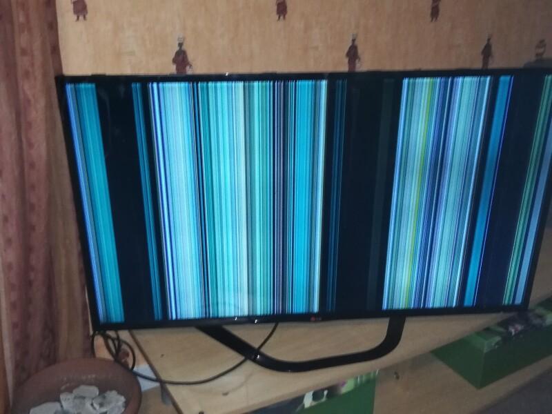 lignes vertical tv led lg 47ln575s sur toute la dalle apr s remplacement r tro clairage. Black Bedroom Furniture Sets. Home Design Ideas