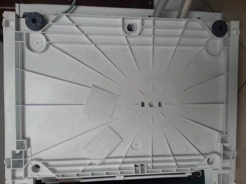 lave-vaisselle - demonter socle lave-vaisselle bosch sms53m02
