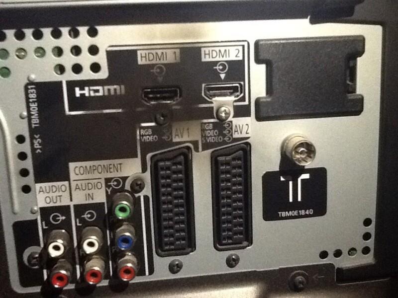 t l panasonic ne s 39 allume plus les deux ports hdmi grill s est elle r parable. Black Bedroom Furniture Sets. Home Design Ideas