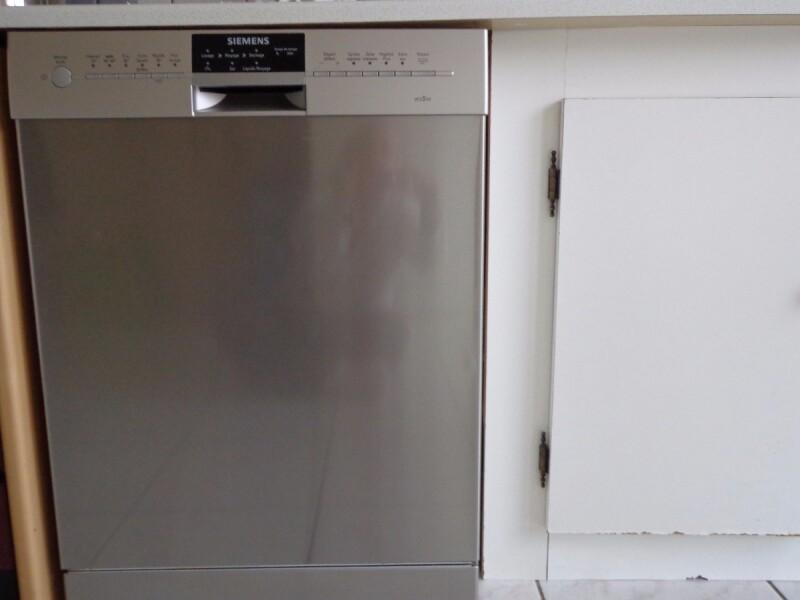 r parer lave vaisselle siemens ecostar programme ne tourne qu 39 1 min et reste bloquer. Black Bedroom Furniture Sets. Home Design Ideas