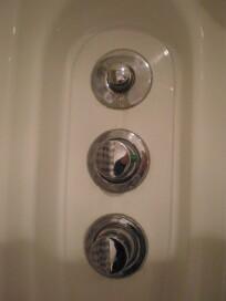 probl me de robinetterie dans cabine de douche. Black Bedroom Furniture Sets. Home Design Ideas