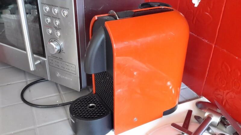 caf espresso ne coule pas la capsule bloqu dans la cafeti re. Black Bedroom Furniture Sets. Home Design Ideas