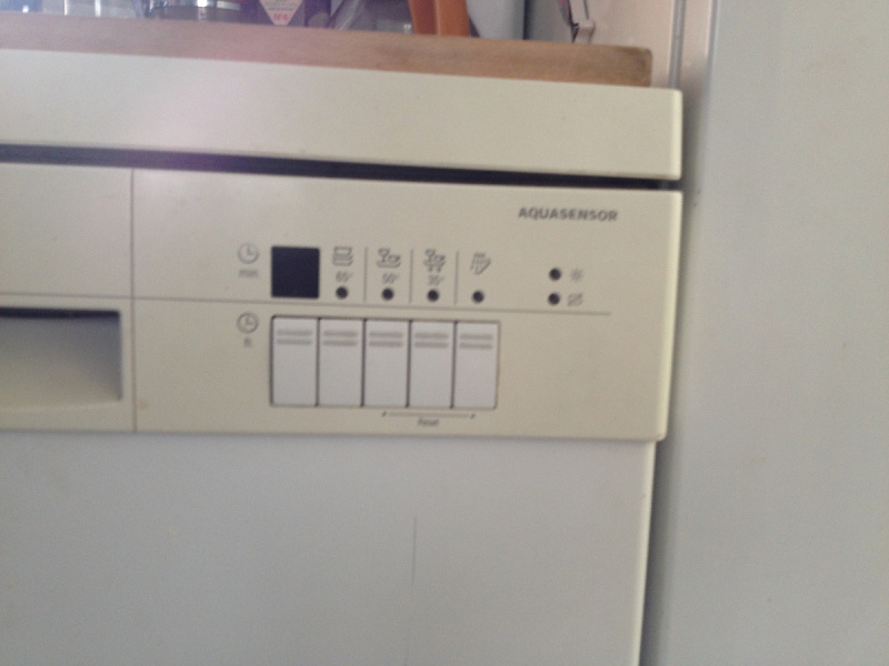 reprogrammer module de commande lave vaisselle bosch. Black Bedroom Furniture Sets. Home Design Ideas